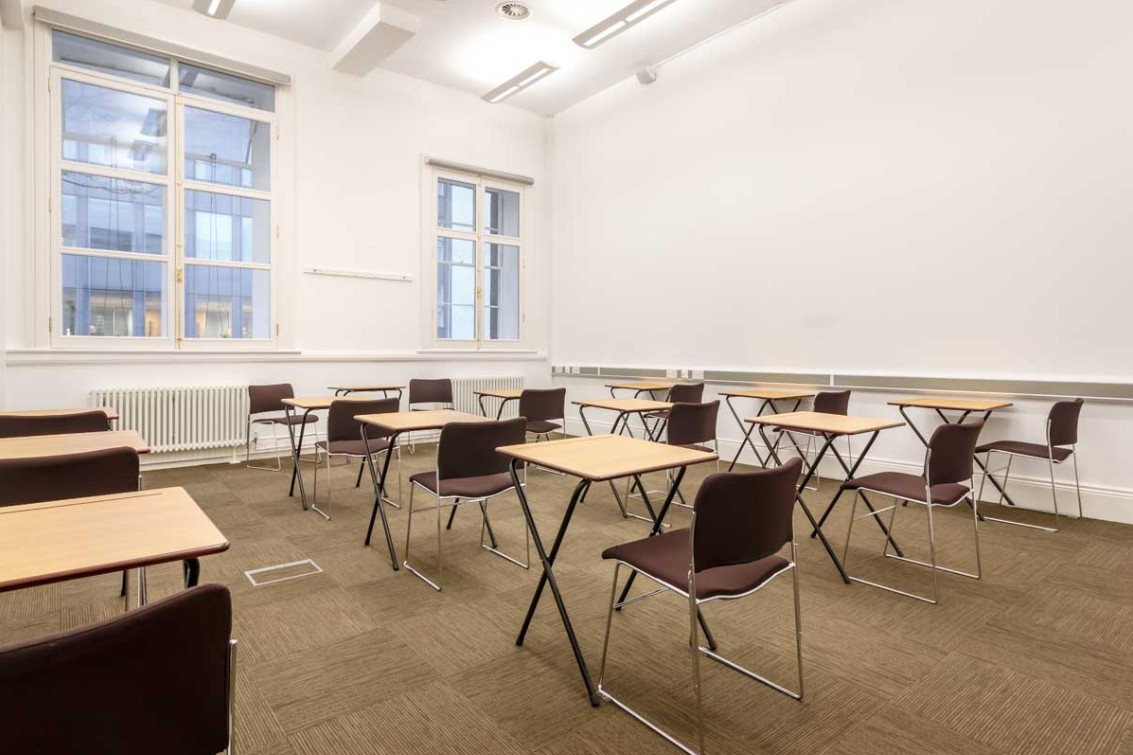 Meeting room F13 exam style layout image