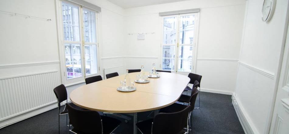 Meeting Room F17